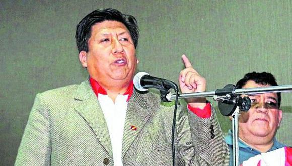 Virtual congresista teme que acusaciones le cuesten votos