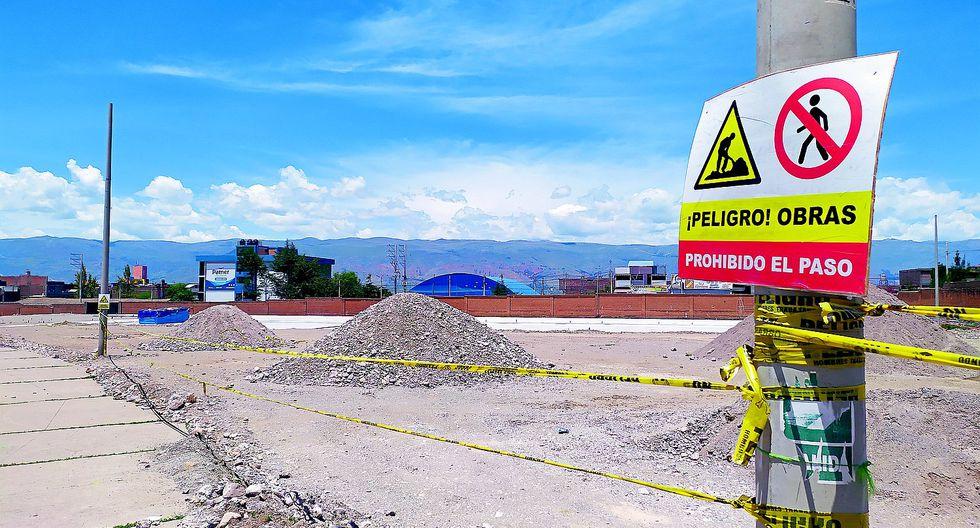 Obra paralizada del colegio Castilla afecta a 3 mil alumnos