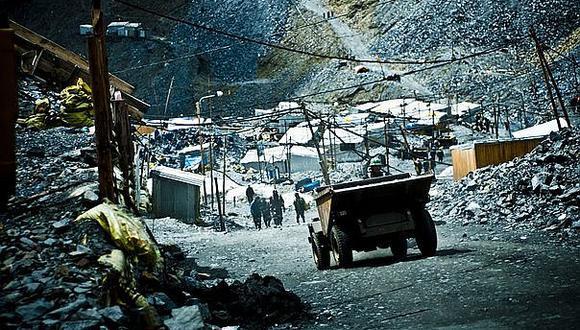 Regiones mineras crecen muy por encima de las no mineras