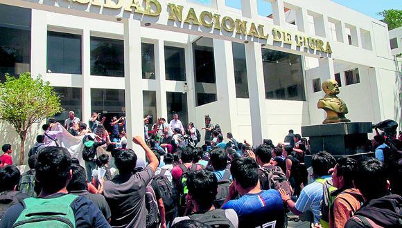 Facultad de Economíade la UNP pide anular sanción a docentes