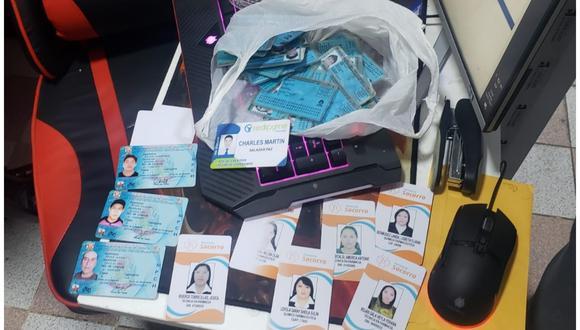 Hallan licencias de conducir falsas  y decenas de DNI
