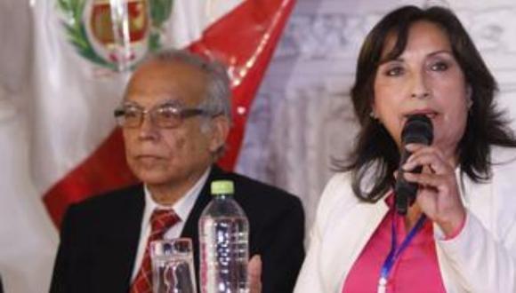 El asesor legal de Perú Libre, Aníbal Torres, participó este jueves de una conferencia de prensa con Dina Boluarte. (Foto: GEC)