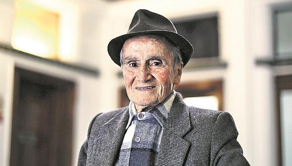 """Actor y escritor Carlos Gassols: """"El escándalo no es la carta de presentación de un artista"""""""