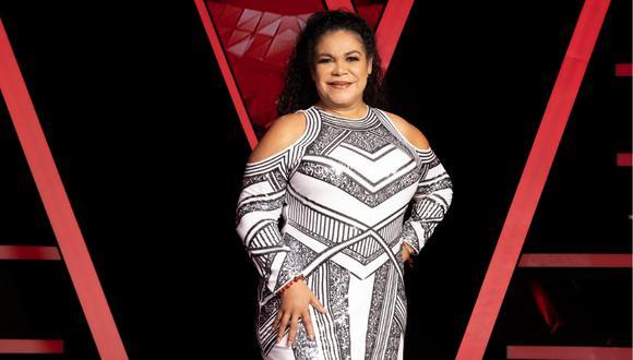 """Rosa Ayllón se presentó en las audiciones a ciegas de """"La Voz Senior"""" solo para sorprender a su hermana. Ambas se abrazaron y cantaron junto al dúo """"Pimpinela""""."""