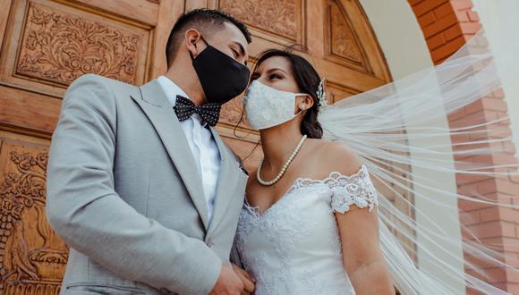 Tras una relación sentimental de 5 años y 8 meses, Ingrid y Oscar soñaron con realizar su boda. Estaban dispuestos a dar ese importante paso en sus vidas, sin embargo la pandemia de coronavirus puso una pausa a ese anhelado sueño.