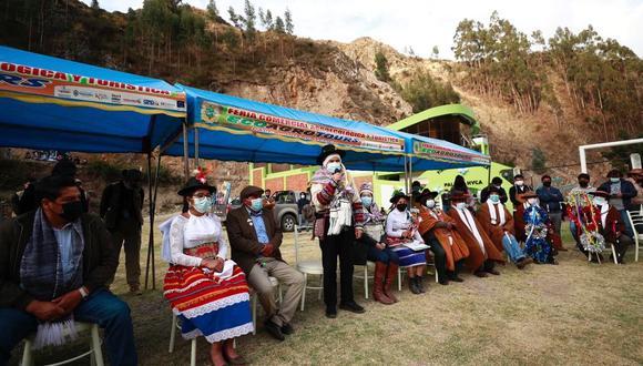 Ministro Ciro Galvez estuvo en Huancavelica. (Foto: Mincul)