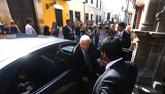 Alan García: Cancillería entregó nota diplomática al embajador de Uruguay