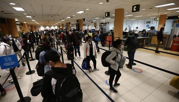 Gremio de aerolíneas estima que pasajeros pueden presentar prueba molecular con 96 horas de antelación  (Foto: Jesus Saucedo / GEC)