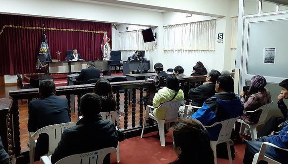 Juez lee sentencia de Maciste Díaz Abad