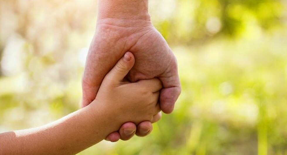 "Padres ""devuelven"" a niña adoptada por descubrir que tenía 13 años en vez de 7"