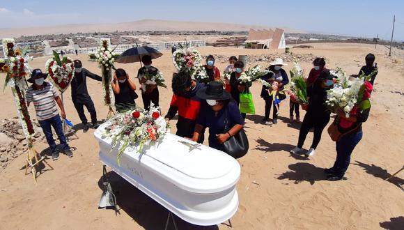 Cuerpo de Judith Machaca fue trasladado al cementerio municipal de Pocollay.