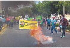 Piura: Queman llantas para exigir megaproyecto