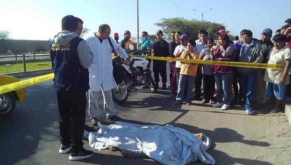 CHICLAYO: Camioneta arrolla y mata a obrero de construcción civil en la Panamericana Norte