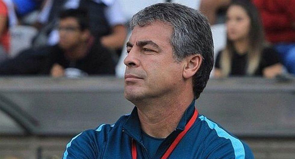 Pablo Bengoechea fue elegido por el diario El País como el mejor entrenador de la liga peruana en 2019.