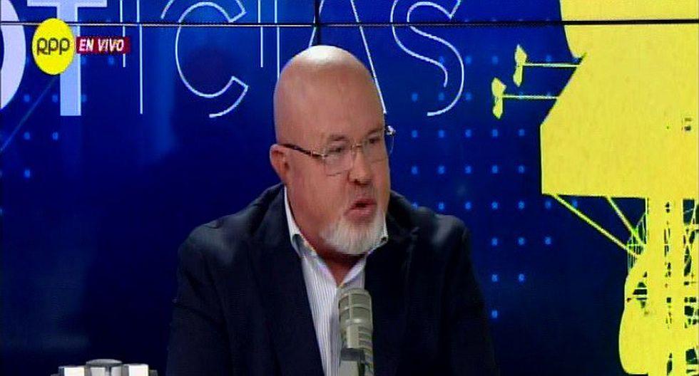 Carlos Bruce asegura que el 28 de julio decidió renunciar a bancada de PPK