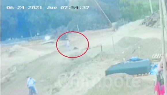 """Personal policial tiene en su poder imágenes en las que se observa cómo se registró crimen de """"Perico""""."""