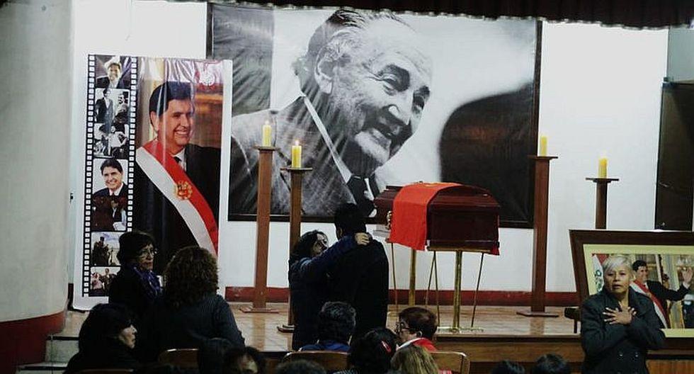Apristas viajan de Arequipa para el sepelio de Alan García