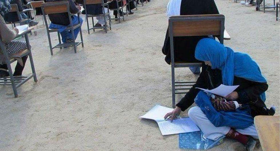 Mujer afgana rindió examen de admisión a universidad con su bebé en brazos (FOTOS)