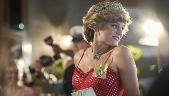 La cuarta temporada comienza hacia el final de la década de 1970. La reina Isabel (Olivia Colman) y su familia se empiezan a preocupar por la línea de sucesión. (Foto: Netflix)