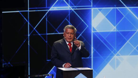 El candidato presidencial de APP, César Acuña, volvió a dar argumento para ser el protagonista de memes. (Foto: GEC)