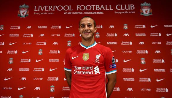 Thiago Alcántara fue oficializado como nuevo volante del Liverpool. (Foto: Liverpool)