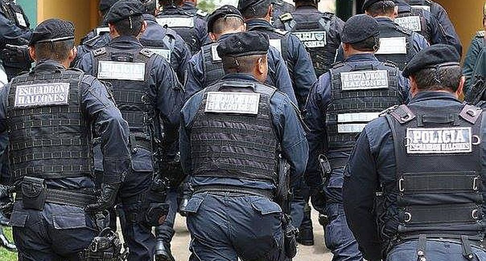 Policías con sobrepeso son obligados a hacer dieta y ejercicios en centro de entrenamiento especializado
