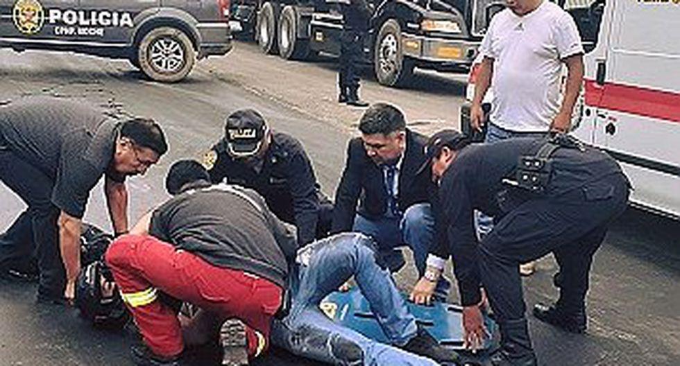 Motociclista se despista y resulta herido