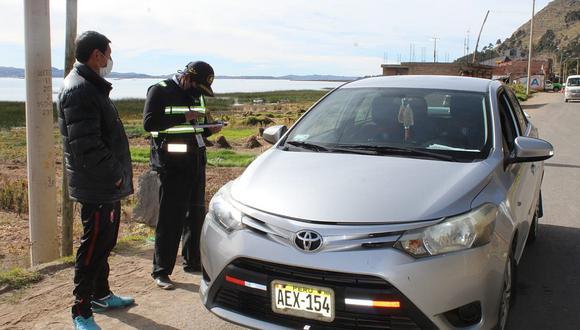 Taxistas cobran 250 soles para trasladar personas de Tacna a Puno