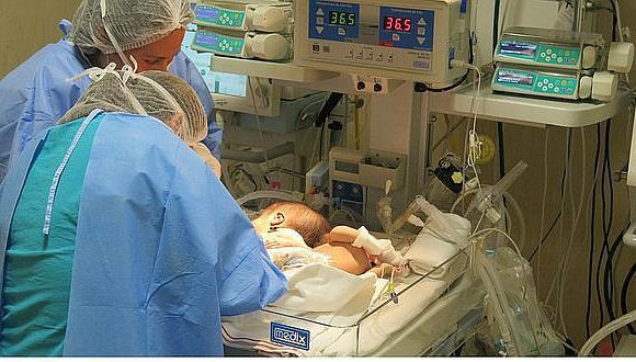 Perú: Cada año nacen 70 bebés con fibrosis quística