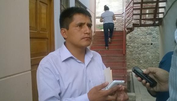 Consejero delegado cuestiona sueldo de director del hospital