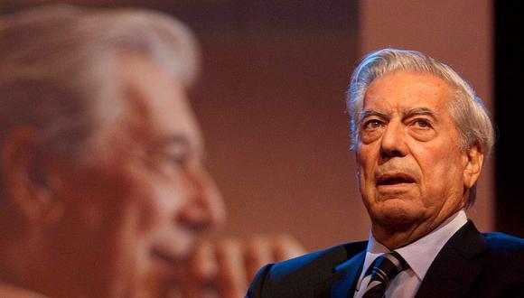 """Mario Vargas Llosa: """"Lo más hermoso de la vida es el amor y la literatura"""""""