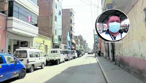 Funcionario edil piden a vecinos tener cuidado cuando transitan por determinadas vías ubicadas en el centro de la ciudad.