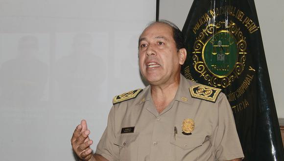 General irá a la caza de bandas que planean atentar contra él