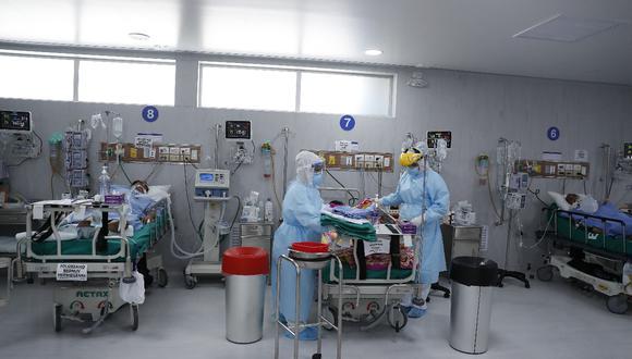 Presidente de la Sociedad Peruana de Medicina Intensiva, Jesús Valverde indica que no hay recursos suficientes para la respuesta en salud. (Foto: Hugo Pérez / GEC)
