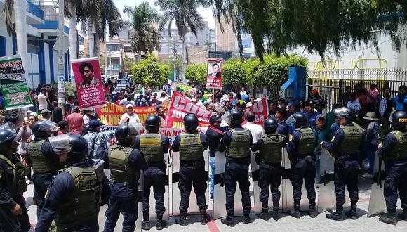 Azucareros de Pucalá protestan contra retorno de administradoras judiciales