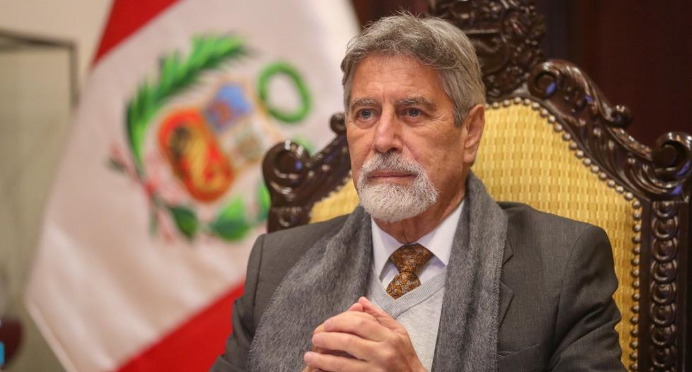 Francisco Sagasti fue denunciado por genocidio por muertes debido al COVID-19