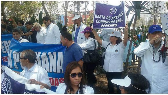 Minsa sostiene que solo el 12% de médicos acata huelga en Lima Metropolitana