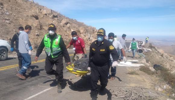 Los cuerpos fueron recuperados después de varias horas de trabajo por parte de agentes de la Región Policial de Ayacucho. (Foto: GEC)