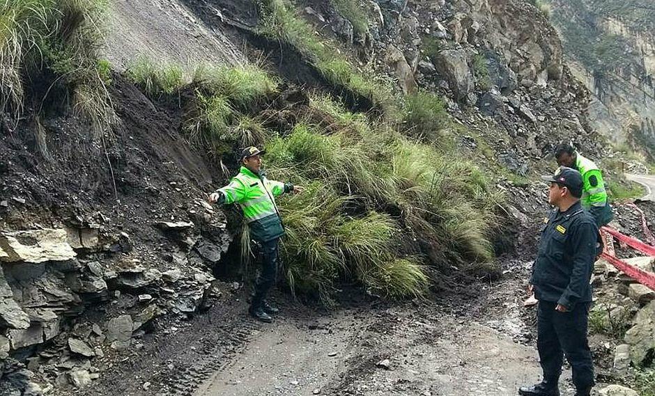 17 horas de lluvia deja aislados a provincias y distritos del sur de Ayacucho
