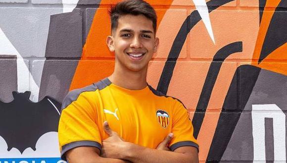 Alessandro Burlamaqui es un peruano de 19 años que juega en Valencia CF. (Foto: Valencia CF)