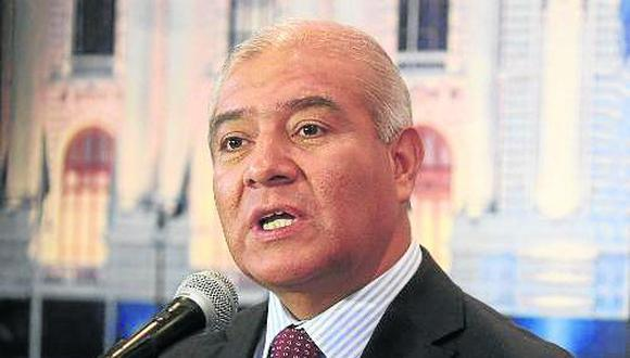 Congreso interpela a ministro del Interior Wilfredo Pedraza