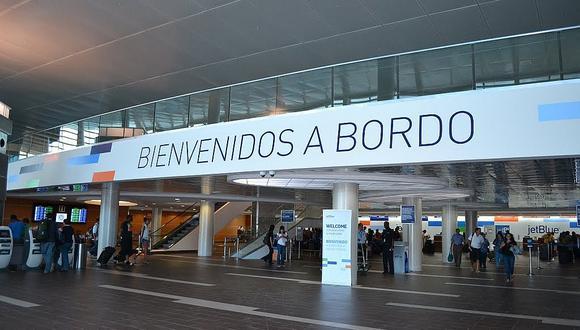 Puerto Rico: Detienen a 23 empleados aeropuerto por traficar miles kilos de coca