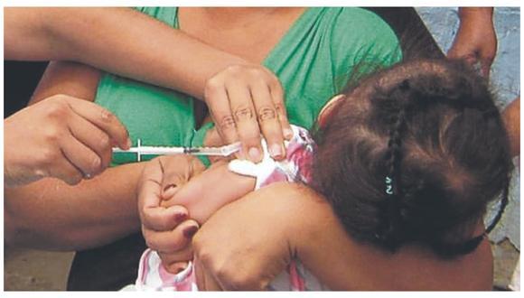 Especialistas advierten que de los casos reportados, 11 se registraron en menores de edad. Piden a padres de familia acudir a centros vacunatorios y evitar más complicaciones.