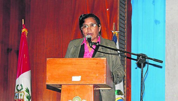 Asesora de la DREP  accedió a doble remuneración del Estado
