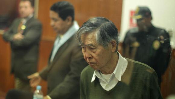 """Juicio oral a Fujimori se volvió a suspender """"por motivos de salud"""""""