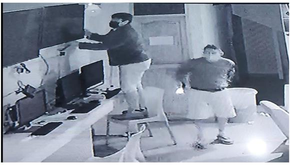 Cámara de seguridad del local, ubicado en el Centro Poblado El Milagro, grabó cada movimiento de los facinerosos.