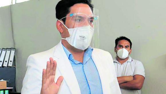 Ente es cuestionada por el proceso de vacunación y la falta de recursos y equipos para encarar la pandemia.