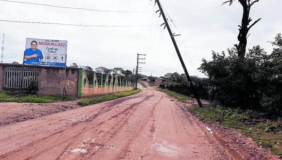 La población teme que de persistir las precipitaciones pluviales el distrito quede totalmente aislado.