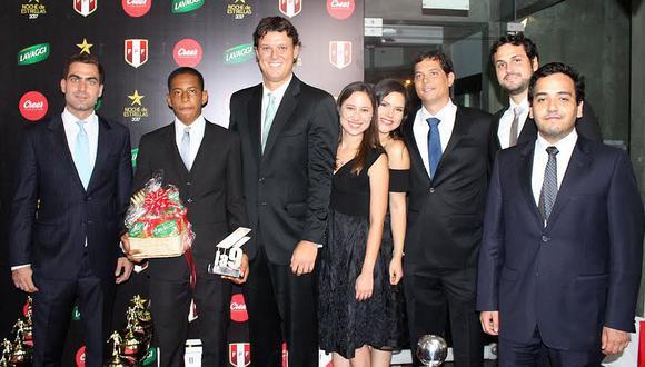 Menores destacados fueron premiados en 'Noche de Estrellas' de la FPF