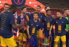 Piqué sacó a su estilo a Dembélé de foto solo con miembros de La Masía (VIDEO)